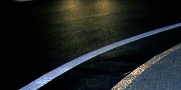 Béton scintillant : pour des routes plus sûres