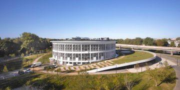 Lilliad Learning Center Innovation : bâtiment et jardin à la fois