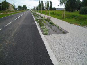 Les granulats gris-noir de Rocheblain (sud de Caen) © Avenue de Metz