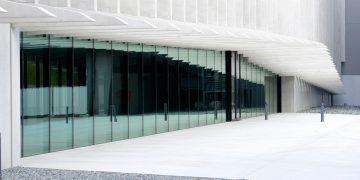 Une architecture verticale et radicale