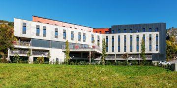 À Chambéry, le béton rencontre le pointillisme