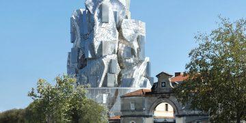 Frank Gehry signe un nouveau totem à Arles