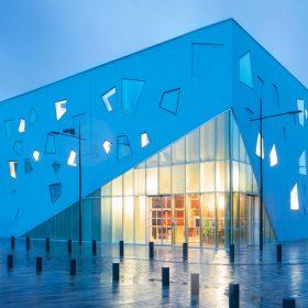 Salle de spectacle L'Étoile dans la métropole lilloise ©Atelier d'architecture King Kong, Arthur Péquin