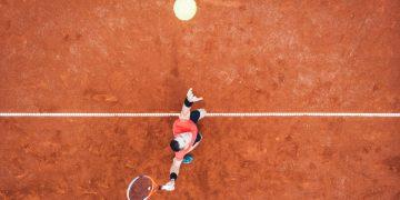 Roland Garros : sur le court central, les gradins c'est du béton !